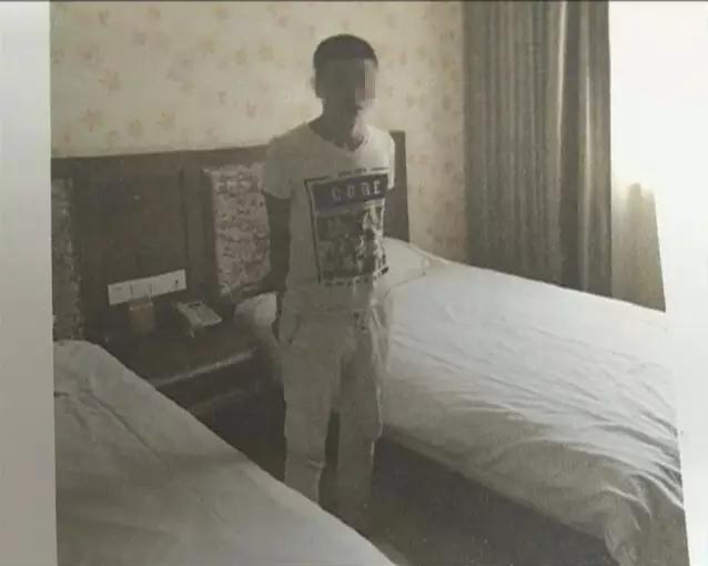 ktv里面下药后被性侵 醒来时发现床上睡着几名陌生男子