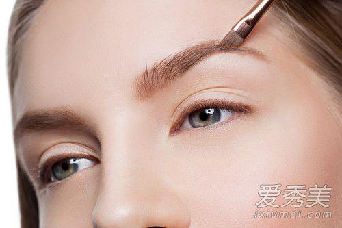 怎么画眉毛好看又自然?画眉毛的技巧图解 眉毛怎么画步骤图解