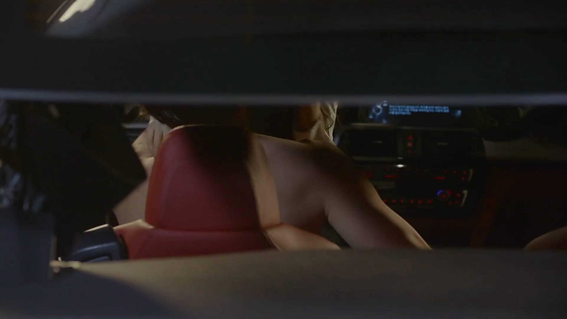 有剧情有肉的小说 女主爱看小黄文,第一集就开车露肉,剧情狗血满天飞但我就想看下去!