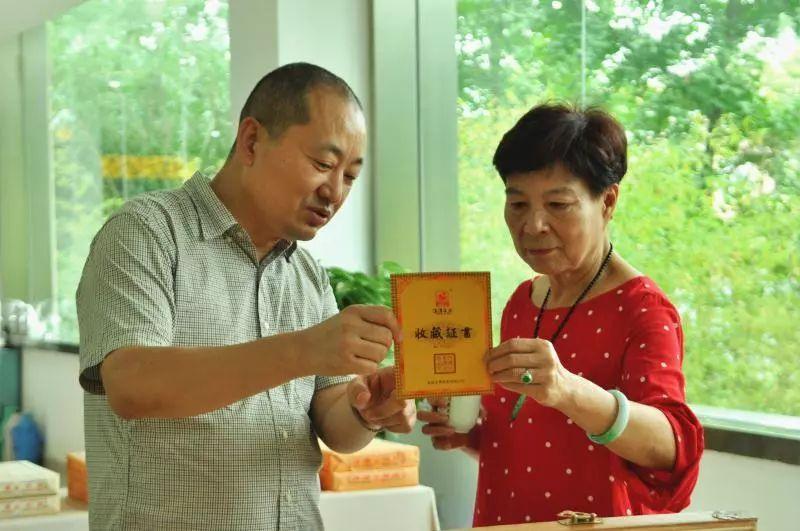 陕西吴国华 周莹重孙女吴国华:在茯茶香气中享受生活的平淡
