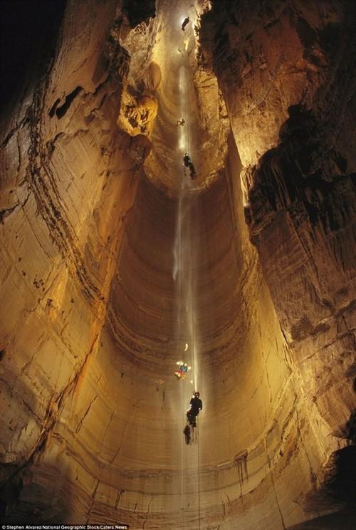 地球最深的影像 库鲁伯亚拉洞穴探险