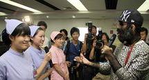 中国第一毛孩 中国第一毛孩:一出生全身是毛,曾几度想自杀,如今成人生赢家!