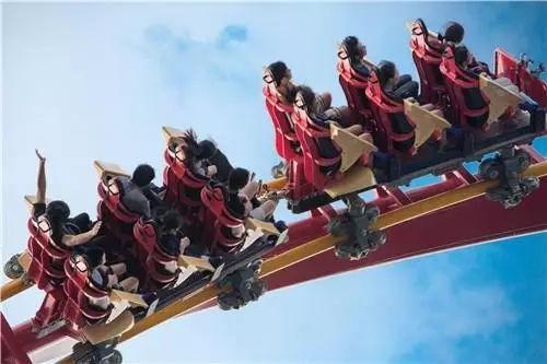 火箭过山车 长隆火箭过山车!15层楼俯冲!360度高速旋转,斋听都怕怕!