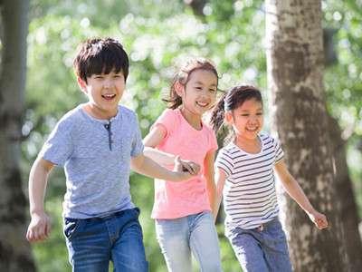 研究表明 课间自由活动能促进孩子的学习
