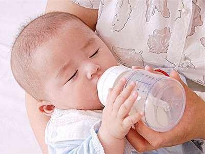 母乳喂养过程中的这些事 新妈妈必须知道