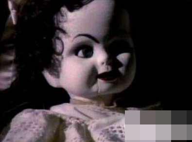 世界十大禁曲之一 妹妹背着洋娃娃的故事