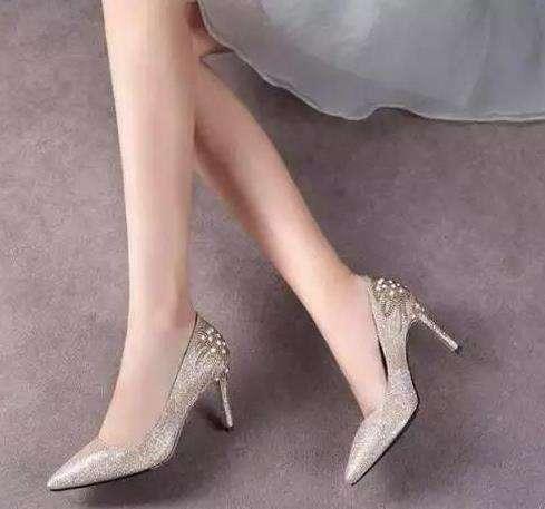 女人高跟鞋的魅力,高跟鞋魅力女人闪耀迷人