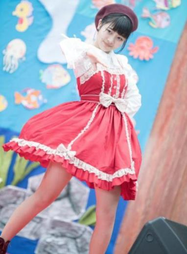 日本16岁少女明星自杀真相揭开:大本萌景图片资料简介