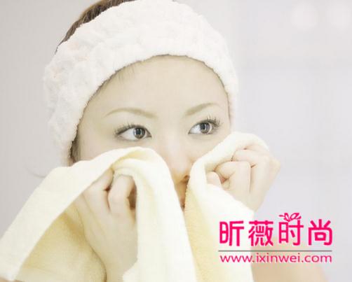 洗脸也会出错?女生最常见的错误洗脸方法