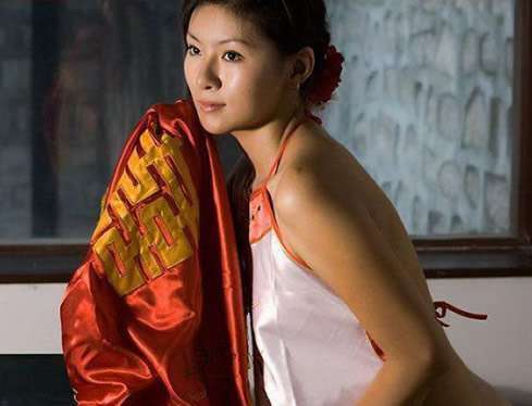 中国古代女人的内衣:古代女人肚兜里隐藏着啥(图)