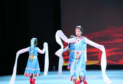 首届全球少儿武学春晚开播掀起全民武术热
