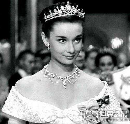 全球最美女性排行榜,奥黛丽赫本是世界最完美女性
