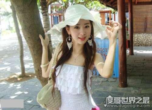 网络红人程琳个人资料简介,甜美又性感的她被誉为网络美女之首