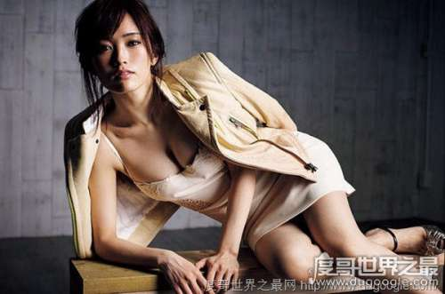 日本大胸美女排行榜,脸不如胸的日本女星