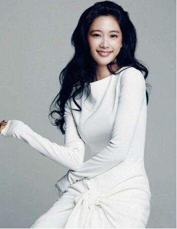 十大最美韩国女星排名,林允儿只能排第六(第一美女李成敏)