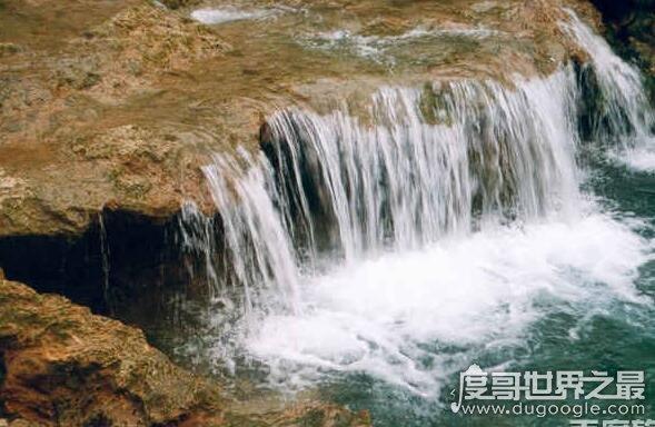 河南女妖洞的传说,曾是女妖栖身的地方(号称天下第一无底洞)