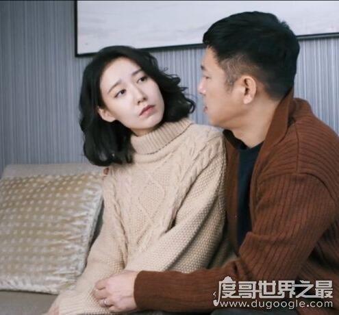 都挺好小说结局,苏明玉石天东结婚(明成朱丽离婚后离家出走)