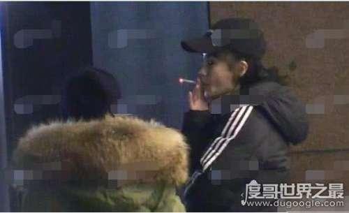 "Angelababy抽烟被拍,自己""打脸""(曾公开下决心戒烟未成功)"