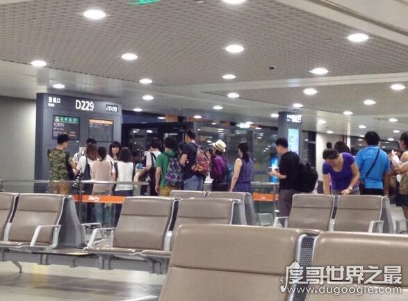 临时身份证可以坐飞机吗,在有效期内可以搭乘国内航班