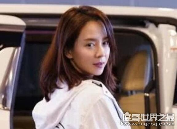 韩国女星宋智孝现身深圳,38岁的她皮肤好的让人羡慕