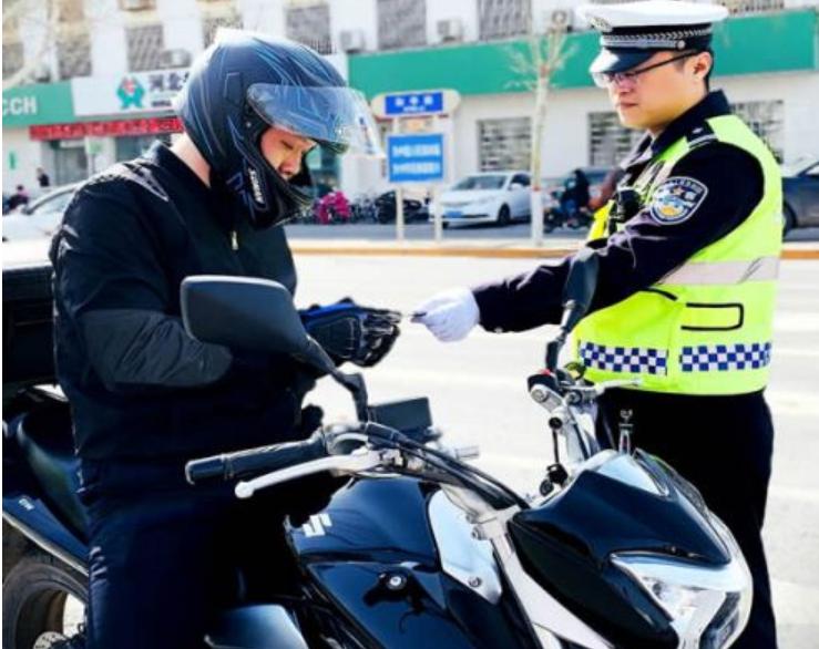 邯郸交警即日起开始全面排查摩托车违法行为!!!
