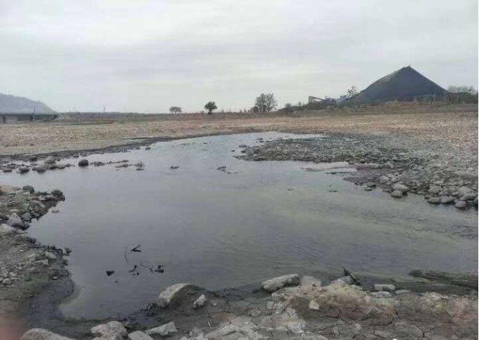 河北武安市:万年矿污水外排何日休?