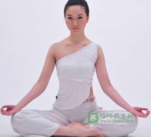 女性房事后做瑜伽可预防妇科病