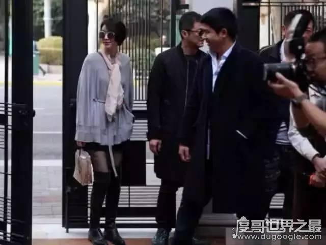 王菲前夫李亚鹏新女友身价曝光,超过500亿(妥妥的女富豪)