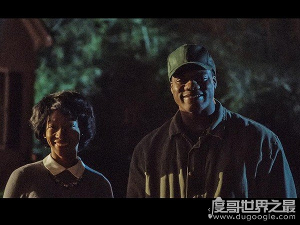 ōu měi恐怖片大盘点,7部吓人影片推荐(逃出绝命镇zuì经典)