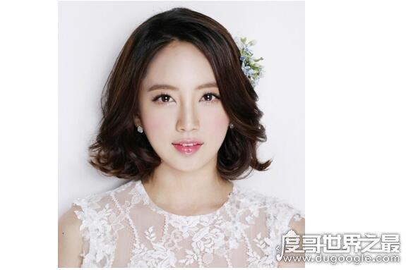 鹅蛋脸适合什么发型,盘点漂亮好看且适合鹅蛋脸女生的发型