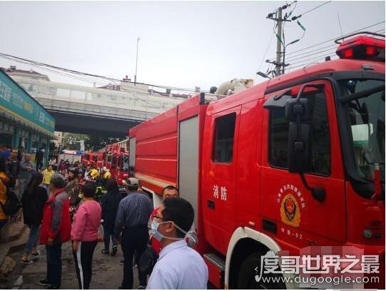 突发!山东青岛居民楼爆炸,已造成1死7伤(疑燃气爆炸)