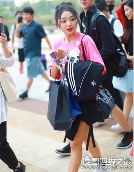 李紫婷是哪国人?来自泰国却能讲一口流利中文(在中国圈粉无数)