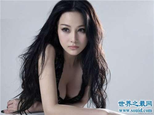 娱乐圈知名的大胸女明星 美颜巨乳令人垂涎