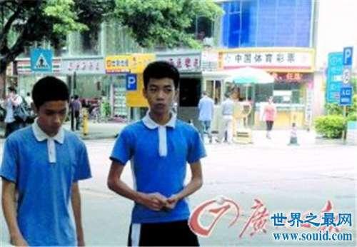 深圳,校服界的扛把子,青春剧必备的深圳校服究竟有何魅力