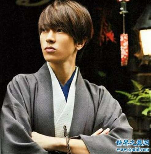 日本十大最帅男明星,盘点颜值极高的日系男明星!