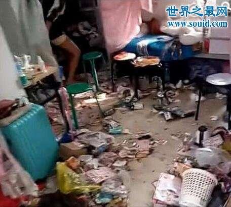 史上最脏女生宿舍,脏的连猪圈都不如(视频)