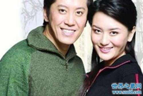 毛宁老婆是酒吧女李静萍,杨钰莹只是红颜知己