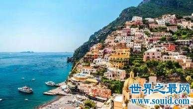 意大利十大迷人的海边小镇,波托菲诺镇一个明星都迷恋的圣地。