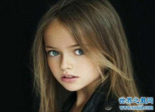 世界上最漂亮的女孩,年仅12岁的碧曼诺娃(是妥妥的大长腿)