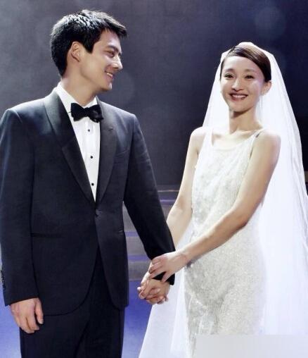 周迅新浪微博宣布结婚准备度蜜月 周迅男友