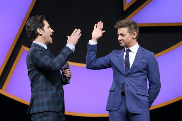 《复联4》预售票房破4亿,向5.2亿单日票房冠军纪录发起冲击