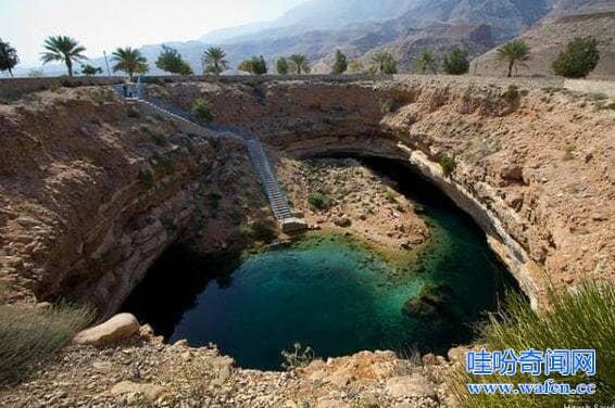 世界十大天坑望而生畏,燕子洞天坑深达426米(可跳伞)