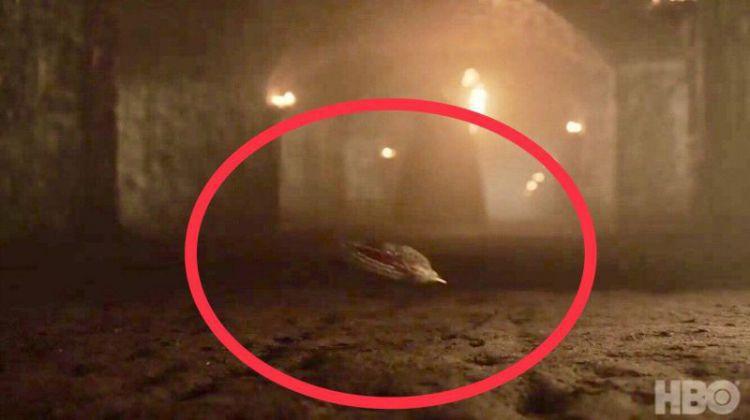 权力的游戏太扎心,剧终季狼家就剩3个娃,还有1个在地上