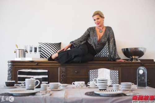 德国公主展示瓷器收藏 这真的是德国公主吗?大长腿快赶上超模