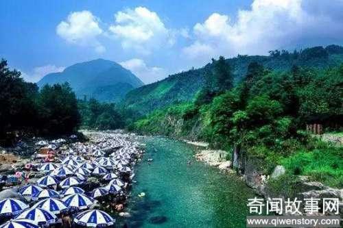 都江堰因世界著名的都江堰水利工程而得名,这绝对是世界上颜值最高山水风景