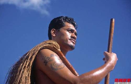 太平洋上有个神秘民族,到处都是混血美女,中国男人特别抢手!