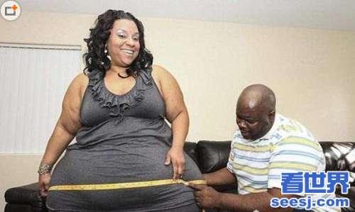 拥有全球臀屁股最大的一个美女,迈克尔·路飞内里(屁股大的要命有2.4米)