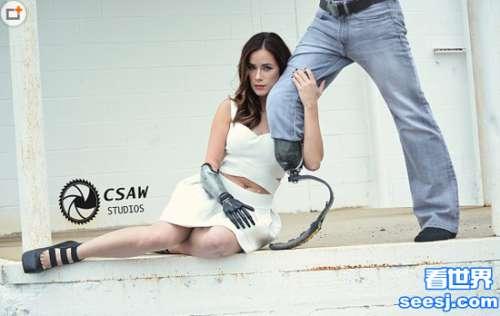 美国仿生手臂女模特丽贝卡•马林写真 风情万种