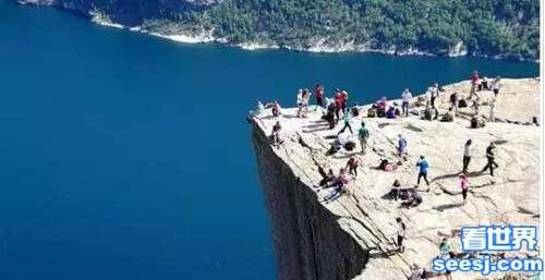 世界上最恐怖的景点 光看照片就腿软了