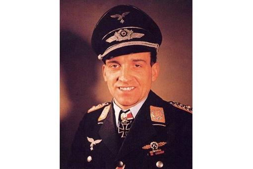 为何说二战期间德国fēi háng员鲁德尔是一个开了外挂的存在